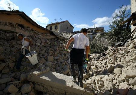 italy quake 450