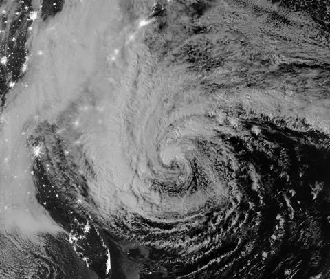 Hurricane Sandy night capture